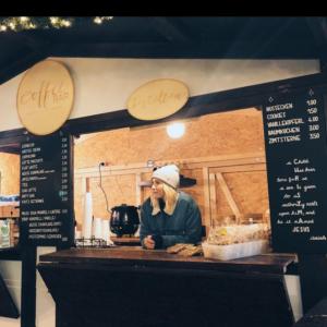 Coffeebar Stand auf Weihnachtsmarkt